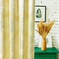 14284|ホワイト&ベージュの葉っぱ柄プレミアムカーテン