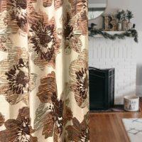 14286|アイボリー&スモーキーピンクのポピー柄プレミアムカーテン