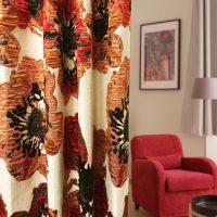 14287|アイボリー&レッドのポピー柄プレミアムカーテン